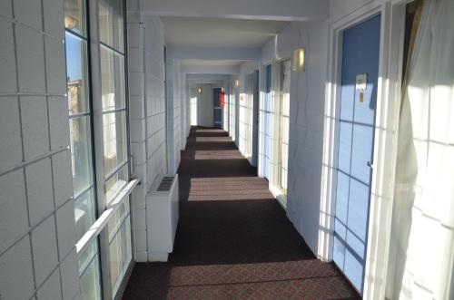 Red Carpet Inn & Suites Ebensburg Photo