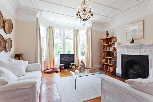 Foto de onefinestay - Wimbledon private homes