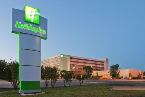 Photo of Holiday Inn Wichita Falls Hotel Bed and Breakfast Accommodation in Wichita Falls Texas