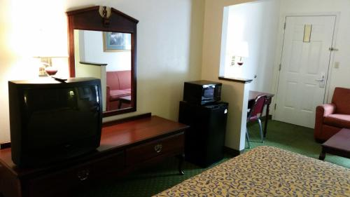 Travelodge Port Wentworth Savannah Area Photo