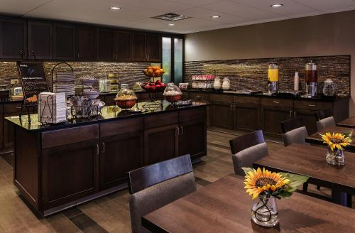 Homewood Suites by Hilton Buffalo/Airport Photo