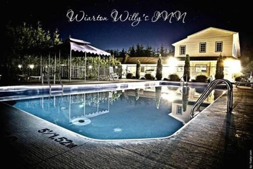 Wiarton Willy's Inn Photo