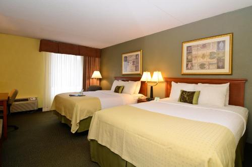 Best Western Tomah Hotel Photo