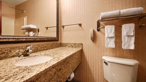 Best Western University Inn and Suites Photo