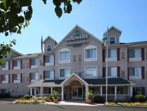 Country Inn & Suites Horseheads Photo