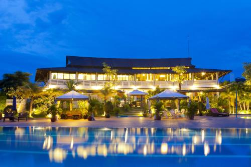 Ccc Hotel & Cambodian Country Club.