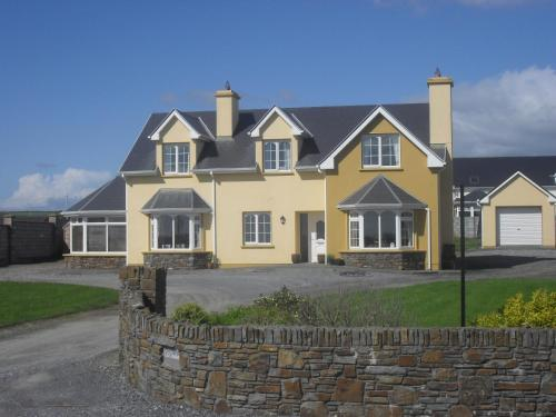 Photo of Cill Chiarain B&B Hotel Bed and Breakfast Accommodation in Ballybunion Kerry