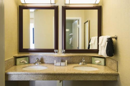 SpringHill Suites by Marriott Omaha East, Council Bluffs, IA Photo