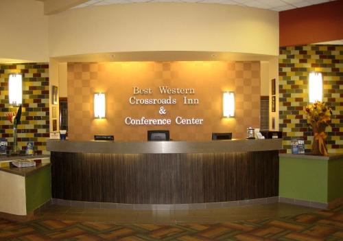 Best Western Plus Crossroads Inn & Conference Center
