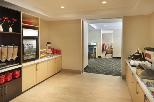 TownePlace Suites by Marriott Toronto Northeast/Markham Photo