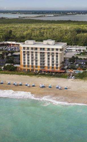Courtyard by Marriott Hutchinson Island Oceanside/Jensen Beach Photo