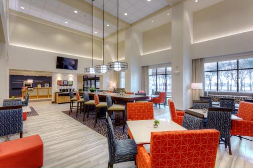 Hampton Inn & Suites Dallas/Plano-East Photo