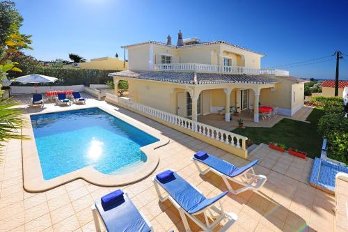 holidays algarve vacations Carvoeiro Villa Jota