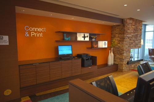 Fairfield Inn & Suites by Marriott Columbus Airport Photo