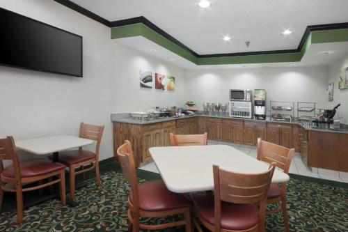 Fairfield Inn Hudson Photo