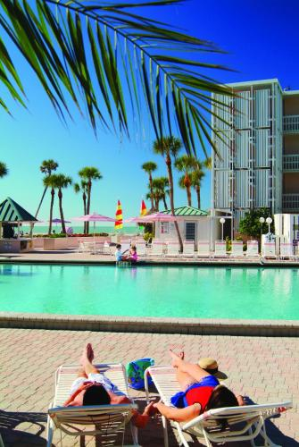 Sandcastle Resort at Lido Beach Photo