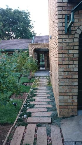 Windmill Guest House Bloemfontein Photo