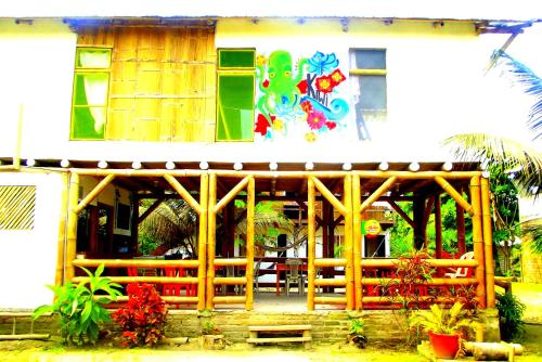 Kiwi Hostel Mompiche Photo