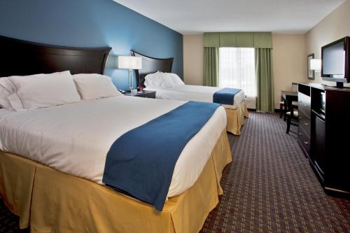 Holiday Inn Express Hotel & Suites Largo-Clearwater Photo