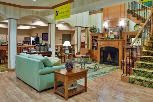 Country Inn & Suites by Radisson, Albany, GA Photo