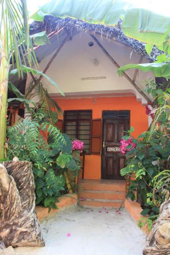 SIPANO BUNGALOW