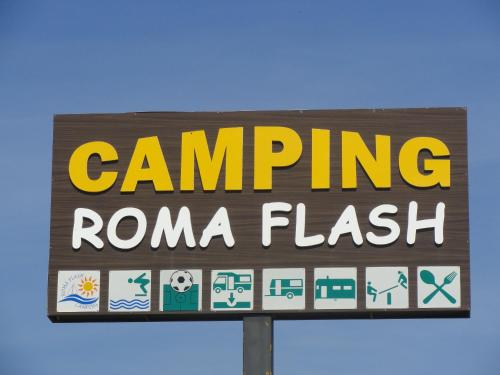 Camping Roma Flash Photo