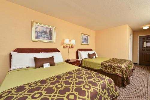 Americas Best Value Inn San Jose Photo