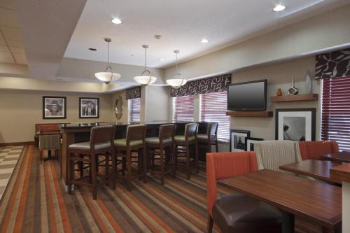 Hampton Inn St. Louis/Fairview Heights - Fairview Heights, IL 62208