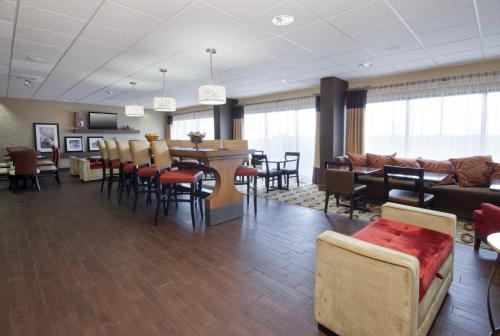 Hampton Inn Grand Rapids/North Photo