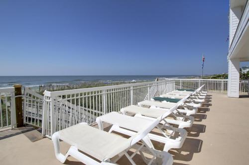 Seaside Inn - Isle of Palms Photo