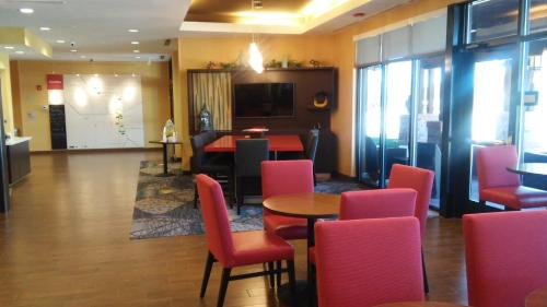 TownePlace by Marriott Carlsbad Photo