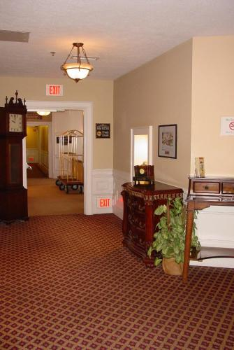 Fort Harrison State Park Inn Photo