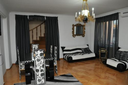 Hotel Nino Duplex Apartment