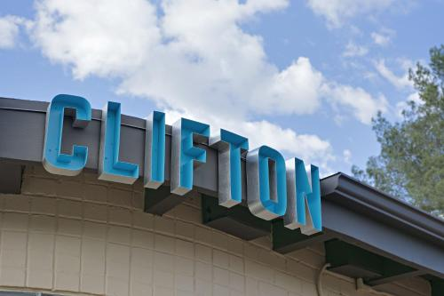 The Downtown Clifton Hotel Photo