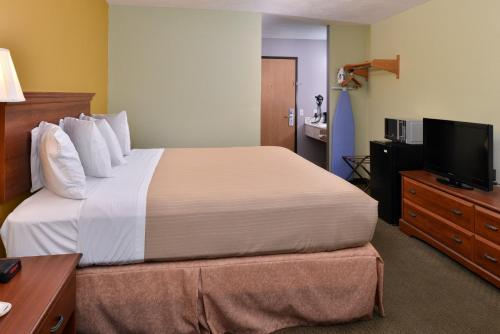 Americas Best Value Inn - Seymour Photo