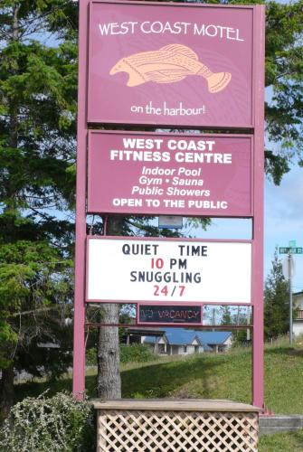 West Coast Motel on the Harbour Photo