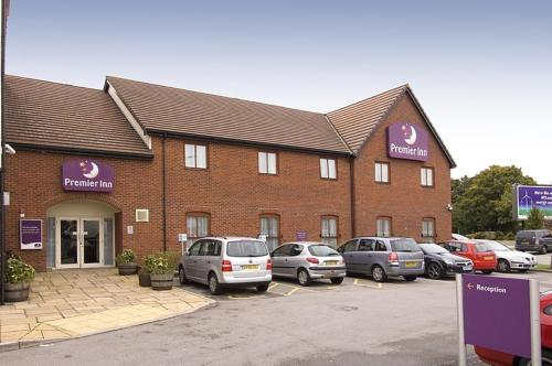Premier Inn  -Trafford Centre North