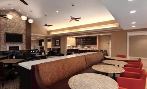 Homewood Suites Atlanta Airport North Photo