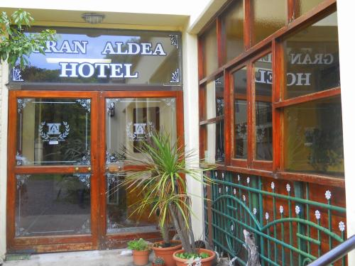 Gran Aldea Hotel Photo