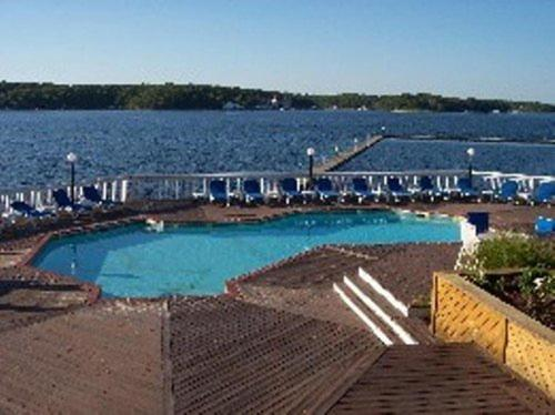 Lake Ozark Vacations Photo