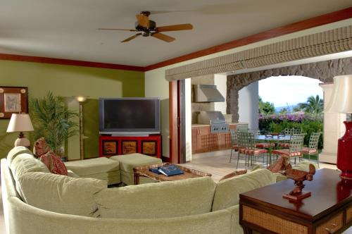 Wailea Beach Villas, A Destination Luxury Hotel Photo