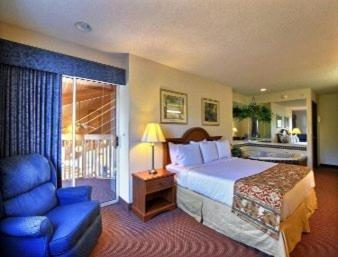 Baymont Inn & Suites Howell/Brighton Photo