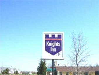 Knights Inn Racine Photo