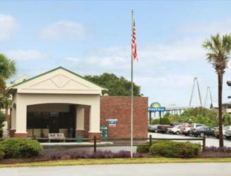 Days Inn Mount Pleasant-charleston-patriots Point photo