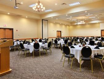 Ramada Tropics Resort / Conference Center Des Moines - Urbandale, IA 50322