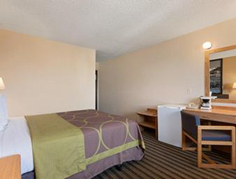 Travelodge Loveland/Fort Collins Area Photo