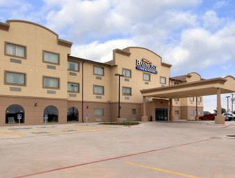 Baymont Inn & Suites Wheeler Photo