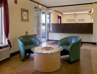 Days Inn Moss Point Pascagoula Photo