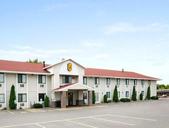 Photo of Super 8 Eau Claire Wi hotel in Eau Claire