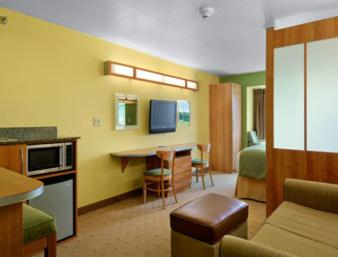 Microtel Inn & Suites by Wyndham Delphos Photo